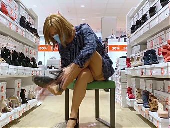 Shopping tour in mini string and stockings