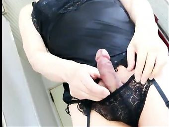 Super Asian TS in cum 4